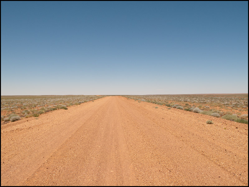 into-the-expansiveness-of-the-gibber-plains