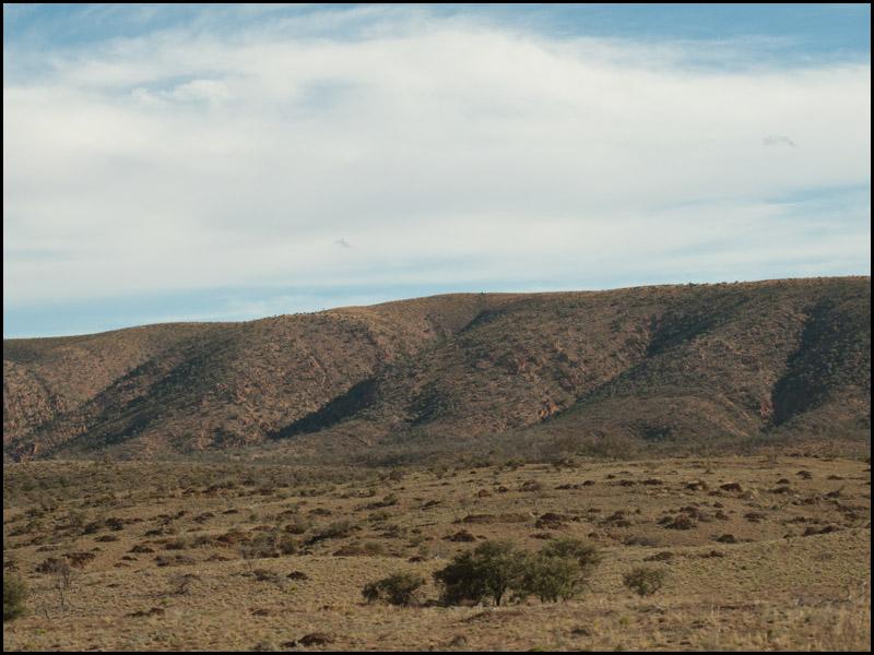 plains-rise-into-ranges