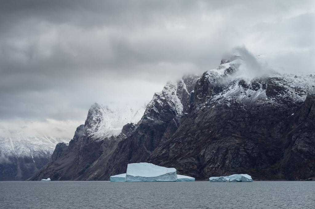 Julie Stephenson Greenland landscape icebergs -7