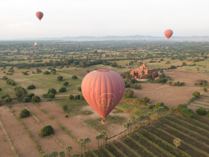 Myanmar Bagan Balloon over temples-9597