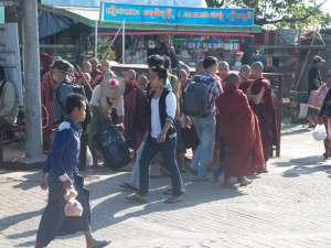 Myanmar Kyaikto onwards -0849